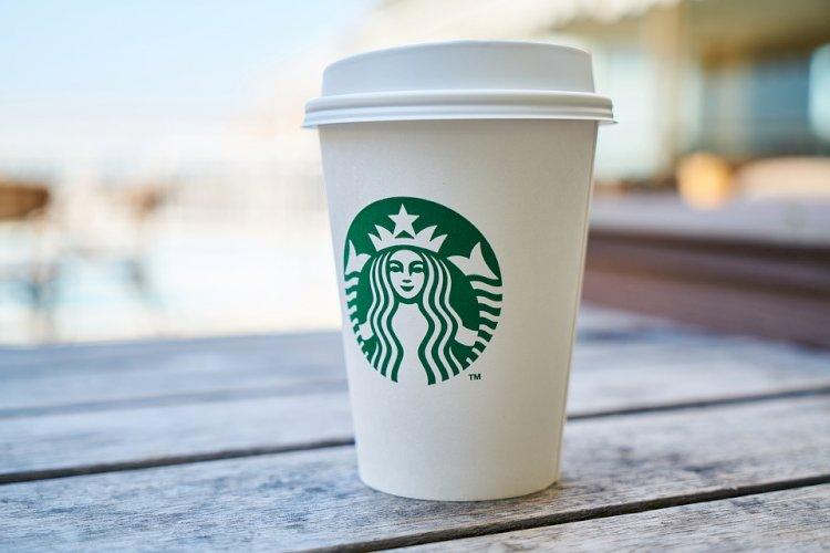 Starbucks Telah Pecat Oknum Karyawan yang Intip Pengunjung Lewat CCTV