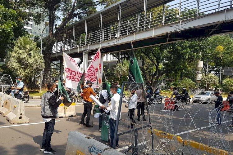 Hari ini Demo Tolak Omnibus Law di Istana Jakarta, Presiden Jokowi Pilih Berkantor di Bogor
