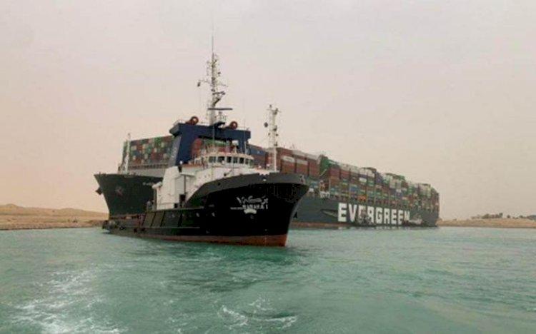 Timbulkan Kemacetan di Terusan Suez, Ever Given Dituntut Ganti Rugi Rp13 Triliun