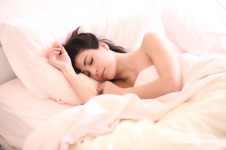 Tidak dianjurkan untuk langsung tidur setelah menyantap makanan